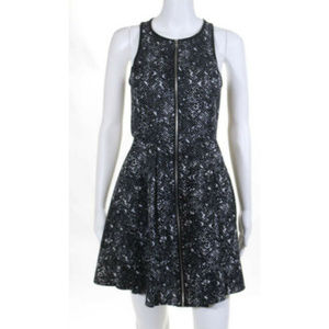 EUC Romeo & Juliet Black Zip Front Dress Small